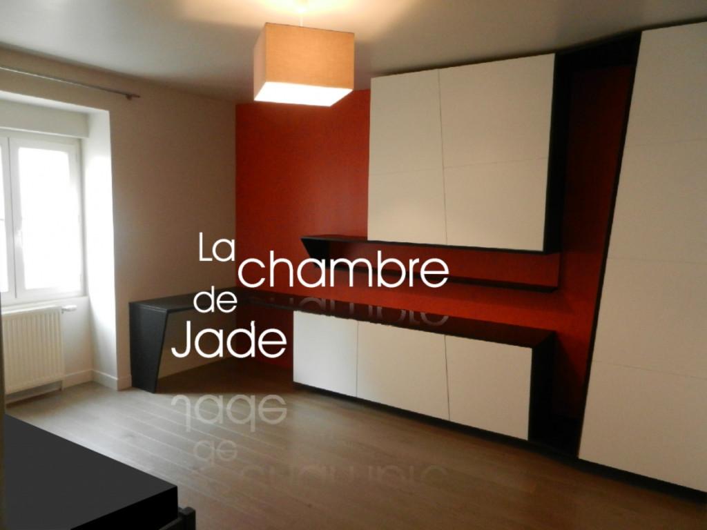 01 Jade